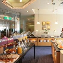 ●1Fバイキングレストラン「べルファサード」