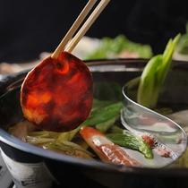 うるおい御膳の5回味が変わる鍋