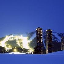 夜のトマムリゾート(冬)