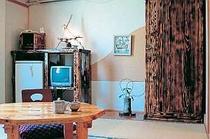 6畳和室【山側】