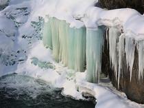 【冬の錦仙峡】洛陽の滝・氷爆