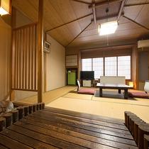 *【和室/嵐山】京都嵐山にかかる渡月橋などをイメージさせる造りとなっております。