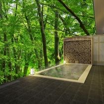 女性用大浴場併設の露天風呂