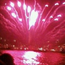船からみる花火は最高