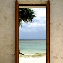 ちゅら〜ゆとビーチの通用口