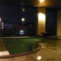 6階大浴場(男湯)【2010年8月撮影】