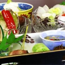 6月は順菜!!『毎月旬の素材を吟味した』京会席 鮎のお料理もついております!無料駐車場有!!