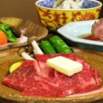 国産霜降り牛をメインとした京会席【2011.12月イメージ】