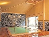 月岡温泉源泉のお風呂美人の湯