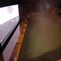 展望風呂雪景色