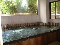 (露天風呂脇にある)内風呂