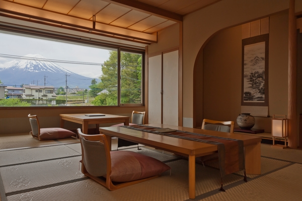 別館10畳 富士山側 写真提供:楽天トラベル