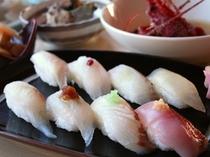 地魚鮨コース
