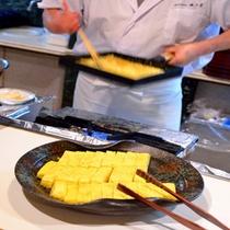 お客様から評判の【だし巻き卵】はぜひ朝食会場でお召し上がり下さい
