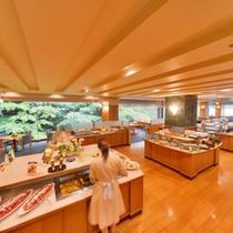 和洋約30種以上のメニューが揃う評判のダイニングレストラン岩清水の朝食