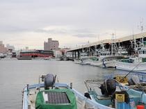 【紋別港】国の重要港湾に指定されている紋別港。