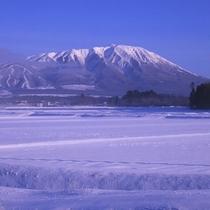 *【冬の岩手山】岩手のシンボル岩手山(登山口まで車で約45分)