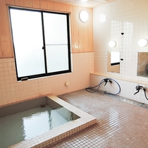 *【大浴場(女湯)】源泉掛け流し♪湯冷めしにくい良質な湯を存分にご堪能下さい。