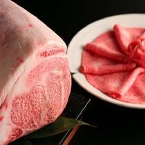 A5☆黒毛和牛をたっぷり頂くお肉版の豪華な少食☆創作料理コースにもちゃんと付いてきます(^-^)