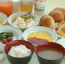プチバイキングの無料朝食