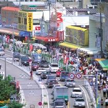『寺泊魚の市場通り』≪当館より車で約30分≫