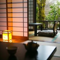 【客室一例】お部屋から見える四季折々の里山。季節ごとに違った風情を感じることができます
