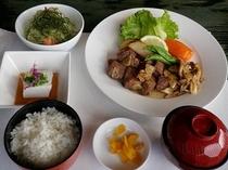 【夕食プラン】伊江牛サイコロステーキ定食
