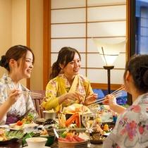 女子会食事イメージ