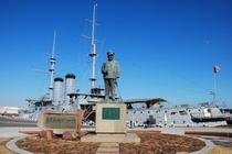 坂の上の雲の舞台でもある記念館三笠と東郷元帥