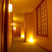 【館内の風景】廊下