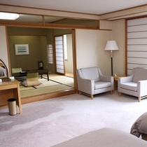 ひのき風呂付・85平米!特別和洋室
