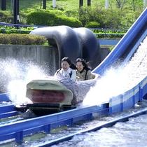那須高原の美しい自然に囲まれた、東日本最大級のアミューズメントパークです。