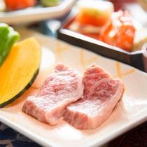 [夕食]鍬焼き用豊後牛