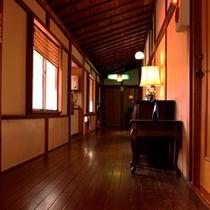 吉昇亭2階廊下