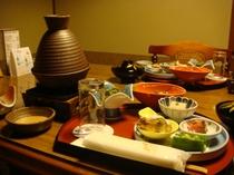 タジン鍋を使った料理の一例。
