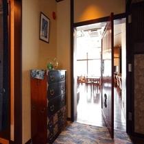 レストラン入口。竜宮城へGO♪