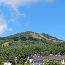 アクティビティ 登山 高社山は標高1365m 初心者の方でも楽しんで登れます♪