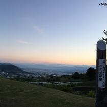 サンセット よませ温泉『信州サンセットポイント百選』からのサンセットと美しい信州の山々