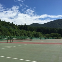 アクテビティ テニス よませテニスコートは51面♪(OPEN春~秋)