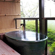 木の館 露天風呂付き客室 専用露天風呂(一例)
