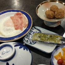 【朝食一例】和朝食をお食事処にご用意いたします