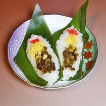 *笹ずし/戦国時代から伝わる野趣豊かな押し寿司は飯山の郷土料理。