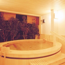 ヒノキ桶風呂彡