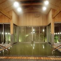 大浴場「灯心の湯」※男女入替制