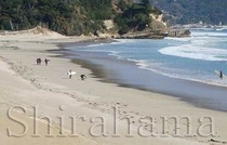 白砂の美しい白浜海岸