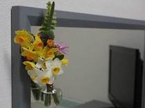 客室のお花 水仙