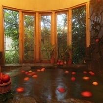 天然温泉リンゴ風呂(貸切制・予約不要)