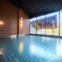 【温泉大浴場】とろみのある、なめらかな泉質。100%の天然温泉です。