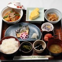 *【朝食全体例】しっかり食べて、観光やビジネスへお出かけ下さい。