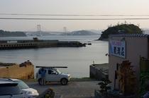 宿から見える鳴門大橋